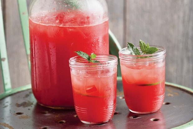 This image has an empty alt attribute; its file name is watermelon-limeade-emeril-lagasse-062816.jpg